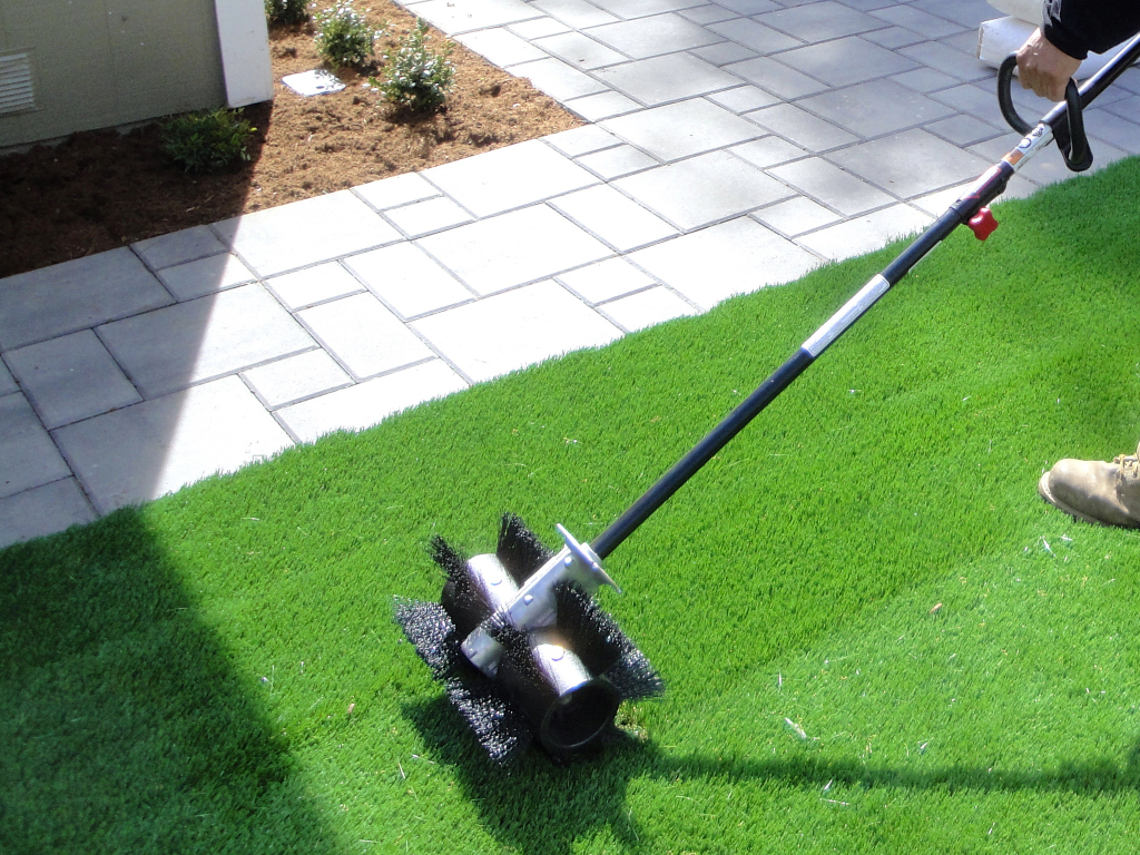 Synthetic Grass Cleaning Techniques Chula Vista, Artificial Turf Cleaning Process